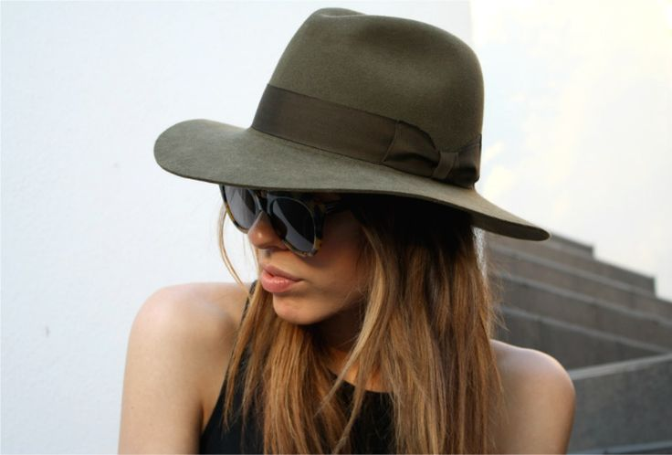 The Bec & Bridge x Akubra 'Bianca Adventurer Fedora' a limited edition collaboration. Kaitlyn from Modern Legacy Blog wears Hazelnut.
