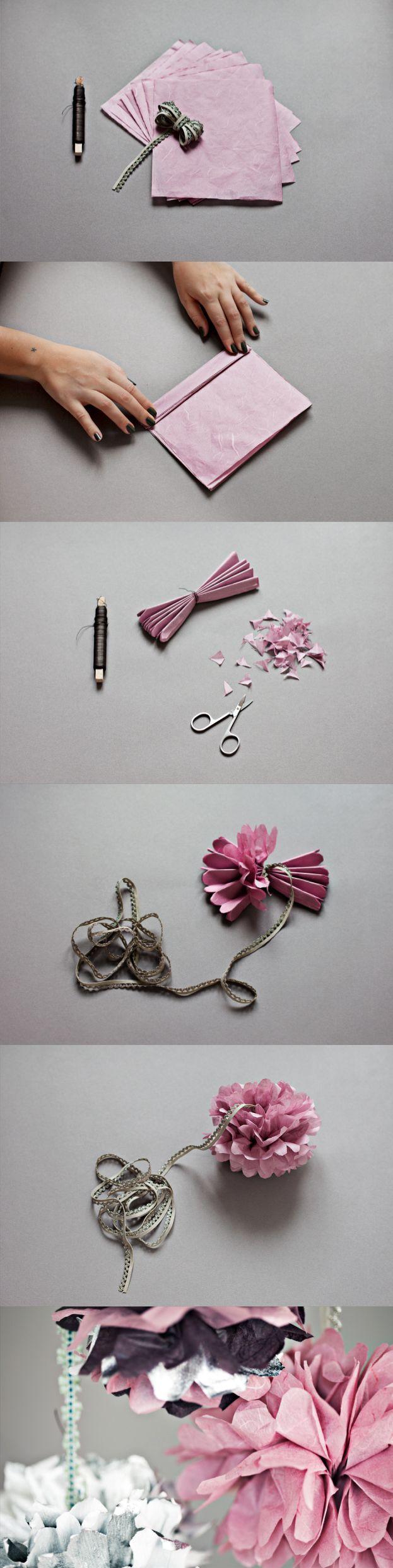 :: Paper flowers :: pom poms