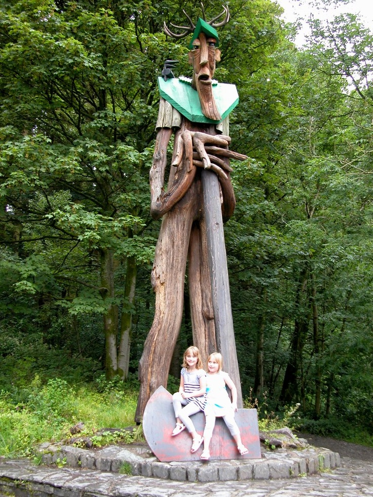 Grizedale Forest - axeman