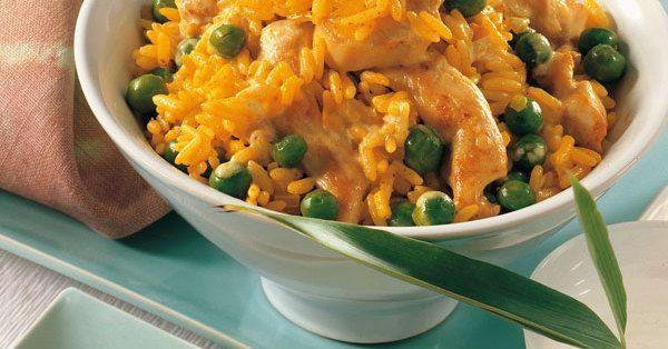 Dieser Curryreis schmeckt ganz besonders Kindern gut und lässt sich auch noch durch weitere Gemüsesorten ergänzen.