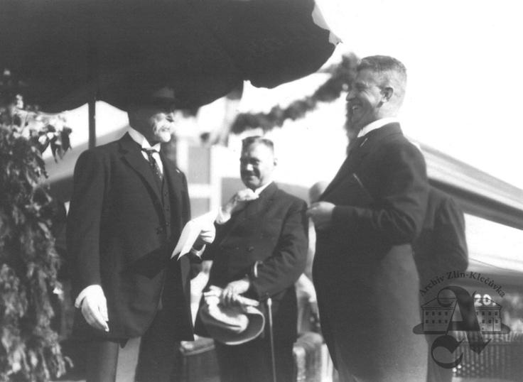Mayor of Zlín T. Baťa welcoming President Masaryk, 24 June 1928
