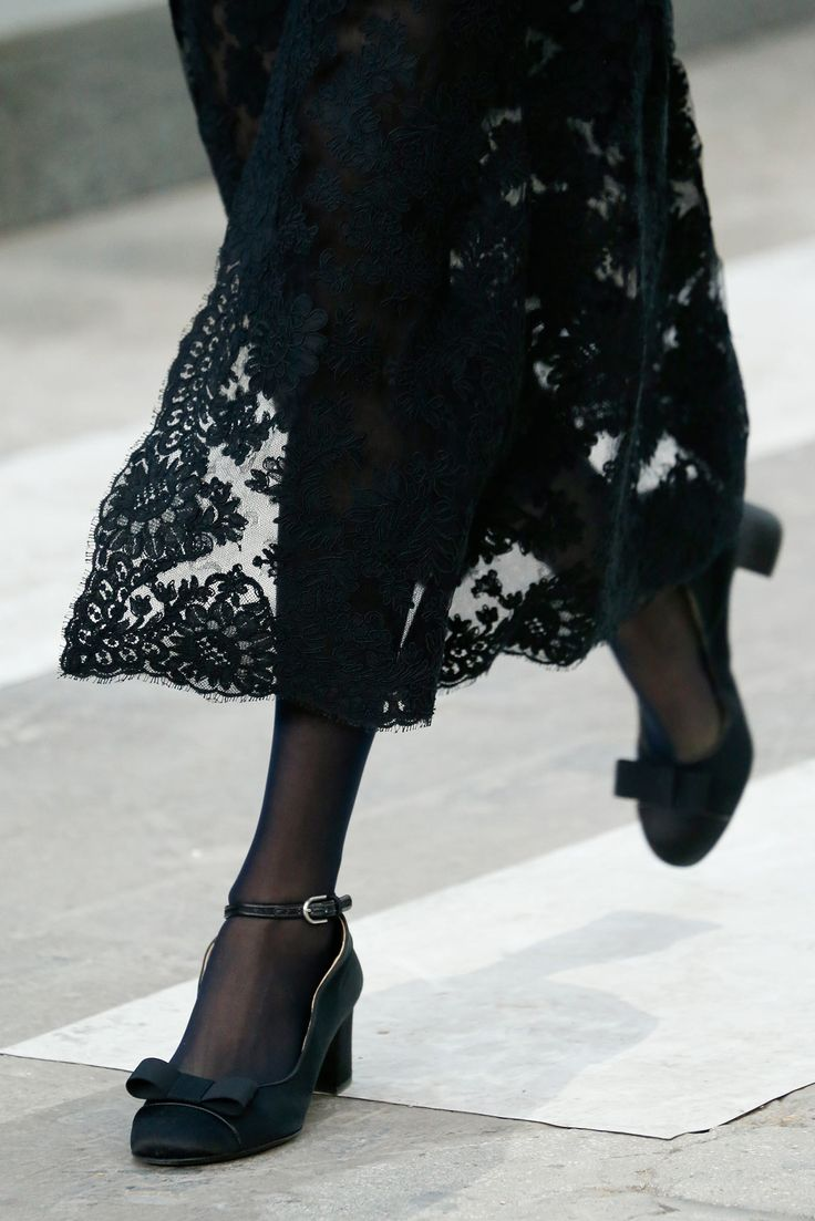 Chanel Spring 2015 | black lace
