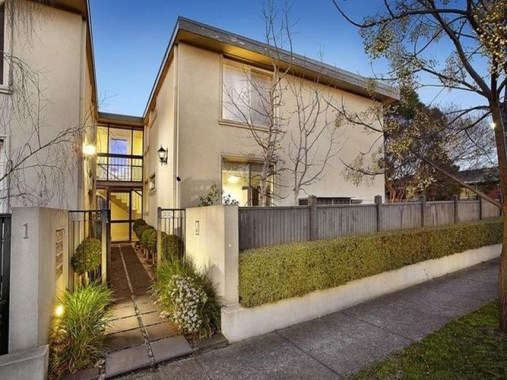 8/1 Clyde Street, Thornbury