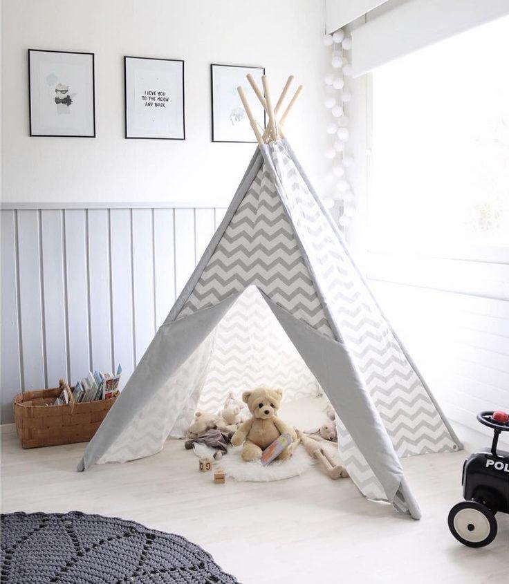 Tiipii teltta lastenhuoneessa kutsuu leikkimään
