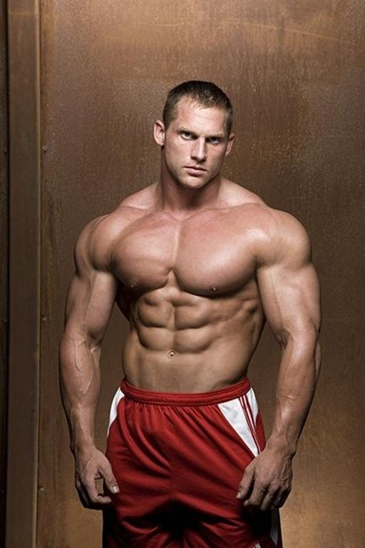 Hot Gay Bodybuilders 112