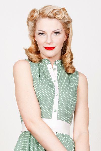 Kleider - 50er Jahre Kleid Martha grün gepunktet L/40 - ein Designerstück von Yvonne-Warmbier bei DaWanda