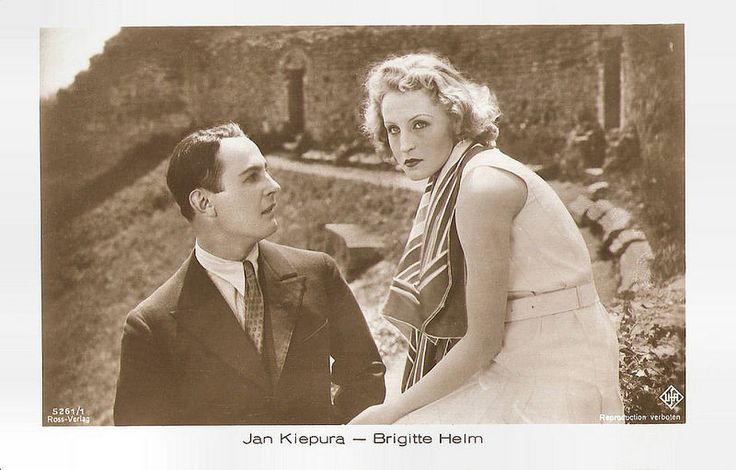 Jan Kiepura and Brigitte Helm in Die singende Stadt. German postcard by Ross Verlag, no. 5261/1, 1930-1931. Photo: Ufa. Publicity still for <i>Die singende Stadt/The Singing City</i> (Carmine Gallone, 1930).
