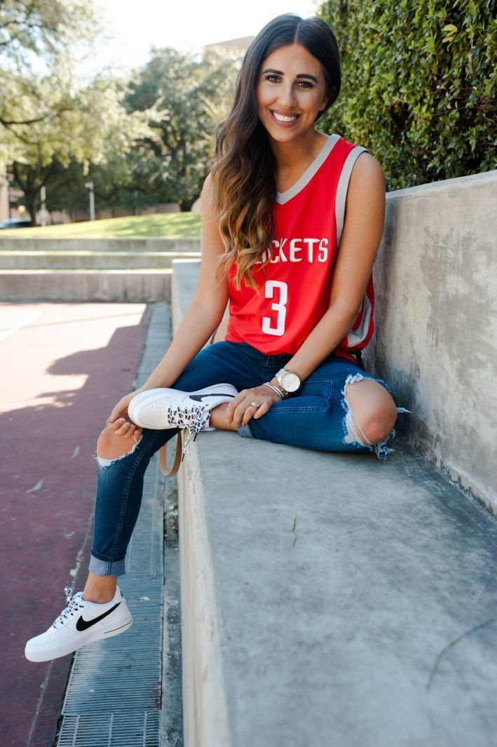 How To Style Your Home Teams Jersey 3 Different Ways Dress Up Buttercup Jersey Fashion Basketball Game Outfit Women Basketball Jersey Outfit