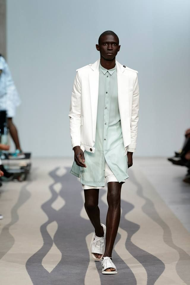 White blazer, long blue shirt and white shorts #white #blazer #long #shirt #blue #shorts #man #spring #summer #collection #unformal #luiscarvalho