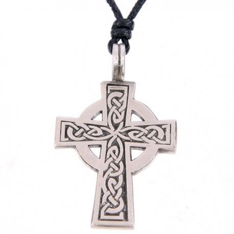 Pendentif en forme de Croix Celtique en étain