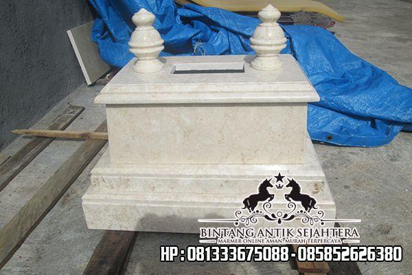 Kuburan Bayi Marmer