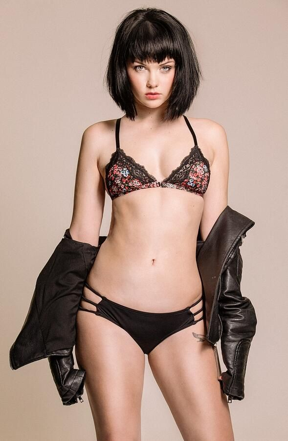 Mellisa Clarke naked (76 fotos) Hot, Facebook, underwear