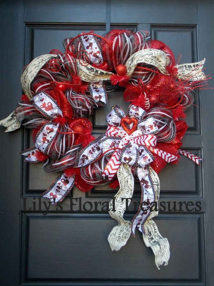 Valentine's Day Deco Mesh Wreath (image only)
