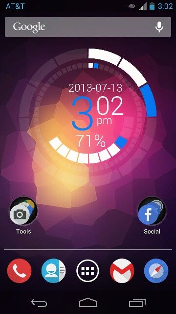A custom Android Jelly Bean home screen using Nova Launcher with the Click UI Icon Pack. Widget: Zooper Clock Widget.