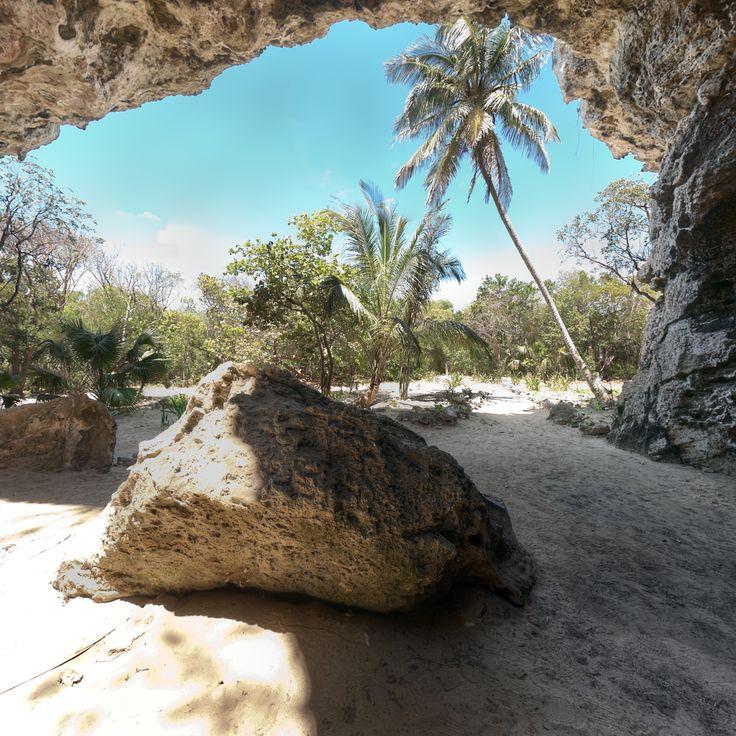 Preacher's Cave Entrance :: Eleuthera Bahamas