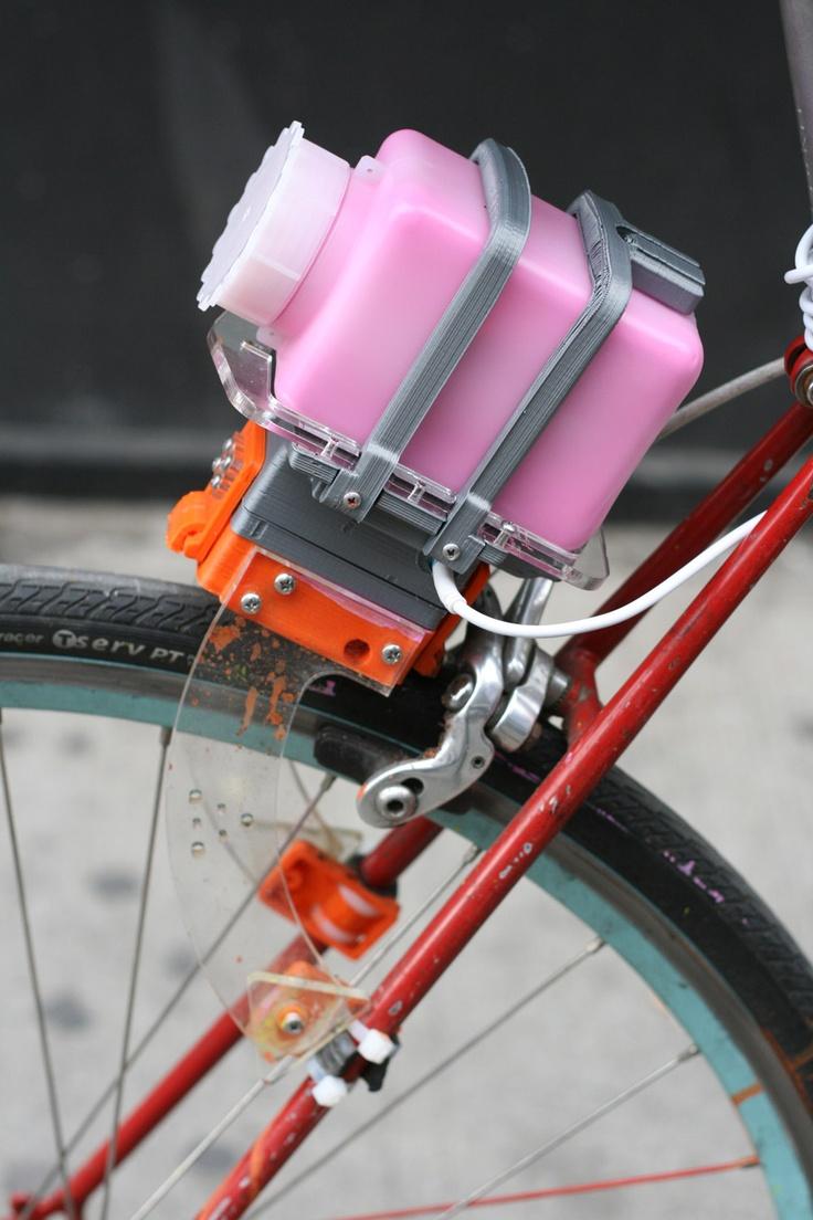 CONTRAIL V2.0  Community Biking Tool/  Salt spreader