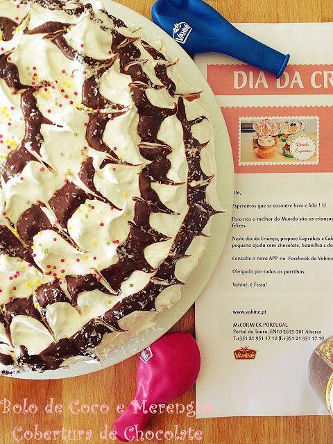 Bolo de Coco e Merengue com Cobertura de Chocolate