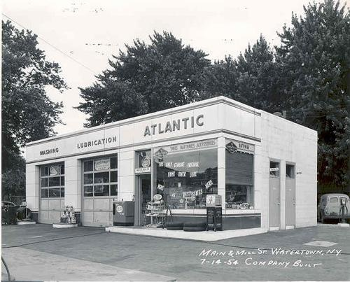 Old Service Garages : Best images about vintage gas stations on pinterest