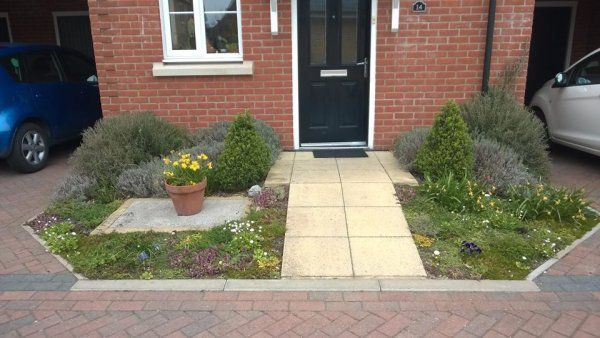 """Private small front garden Tapestry """"lawn"""""""