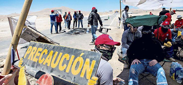 Esta semana se vivió un nuevo capítulo en el conflicto entre la minera Escondida y sus trabajadores, quienes con barricadas bloquearon la ruta 5 norte en e
