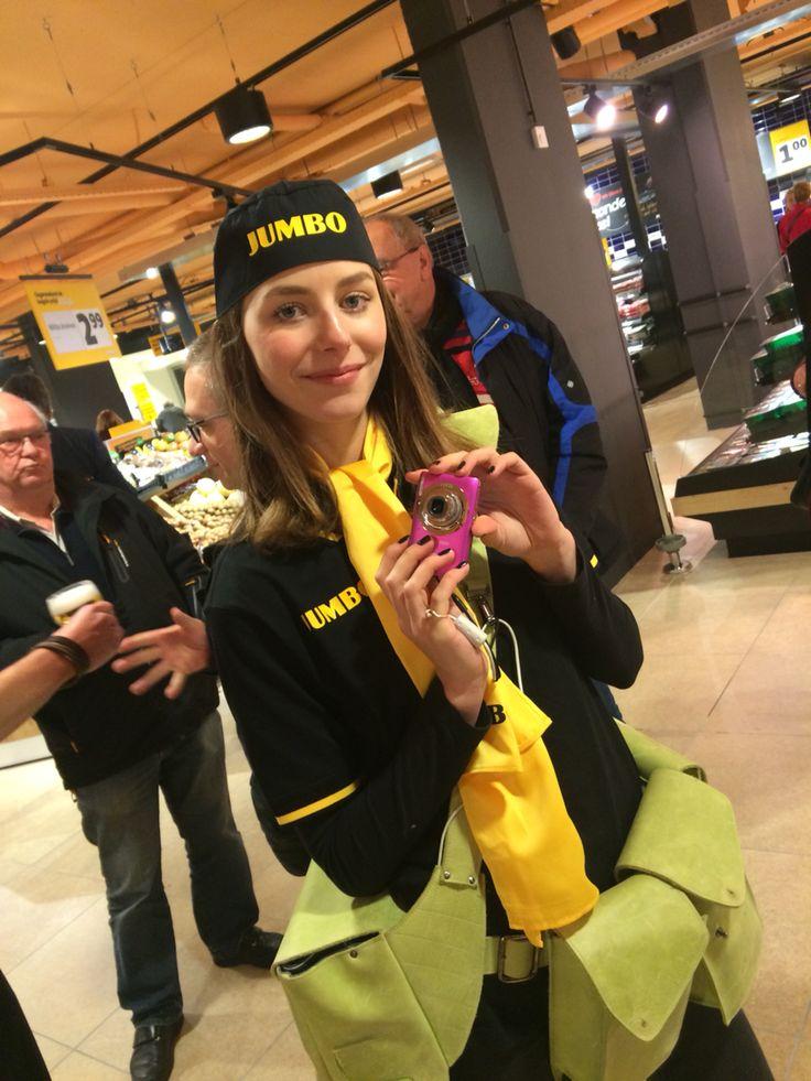Hallo Jumbo!! @jumboSupermarkt welkom in #Elst! @Camerameisje mocht erbij zijn als #Jumbomeisje #jumbosupermarkten #jumbo #supermarkt #HalloJumbo #fotomarketing
