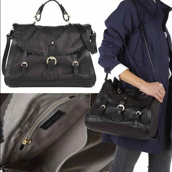 Chloe handbag This see by Chloe is 100% authentic. There are no internal or external defects. This is a black bad, with straps that has a scalloped detail. See by Chloe Bags