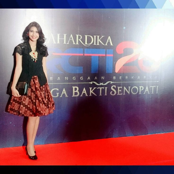 Sisa semalem.. Mahardika RCTI 26 Laga Bakti Senopati Wearing kebaya top and batik skirt from @EverlastingBatik #EverlastingBatik #Batik #Kebaya #Indonesian