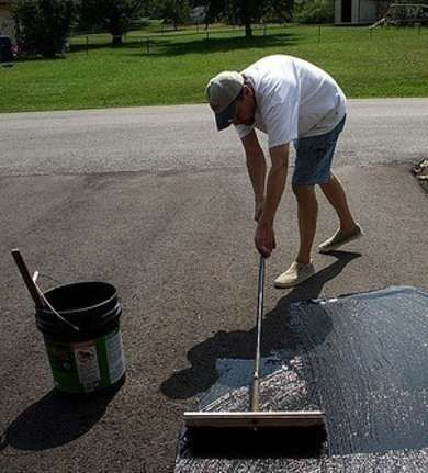 Best 25 driveway sealing ideas on pinterest best gravel for seal the driveway seal the driveway inspect your driveway for cracks clean out and driveway sealerdiy solutioingenieria Image collections