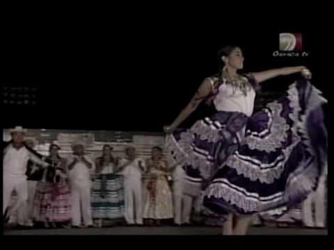 SONES Y JARABES DE PINOTEPA NACIONAL REGION DE LA COSTA DEL ESTADO DE OAXACA,MEXICO.