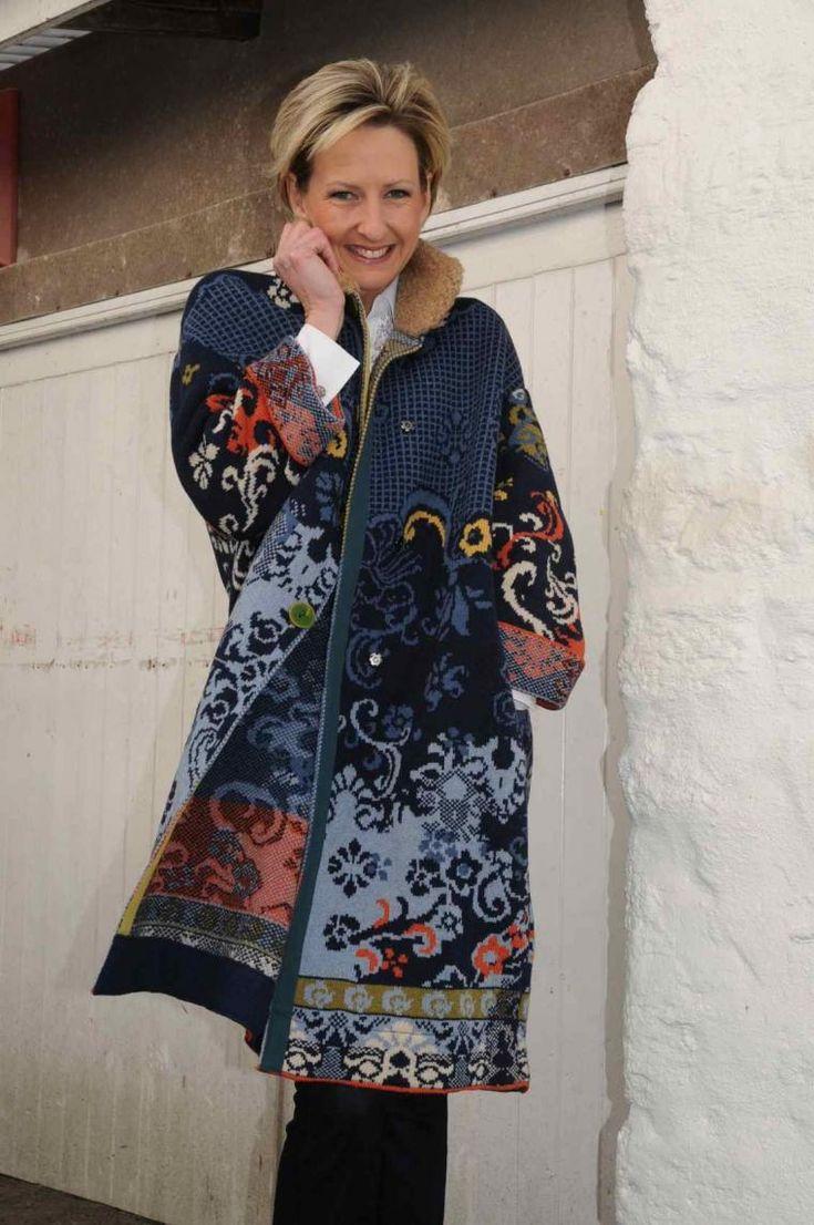 IVKO — первый глобальный бренд Сербии, 90% продукции которого идет на экспорт. «Мы продаем не моду, а искусство», говорит Милош Ивкович, главный исполнительный директор торговой марки IVKO. Продукцию IVKO отличают богатые цвета с этническими мотивами, создающими впечатления ручного труда. Компания «Трикотаж Ивкович» была создана как хобби. Первые образцы продукции были проданы в 1995 год…