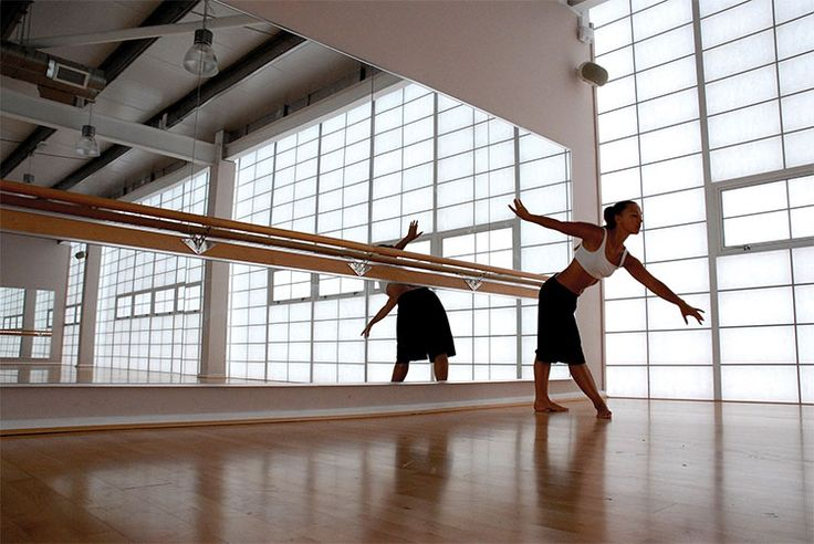 Spiegelwand   balletschool   ballet   vidre glastoepassingen   Leiden
