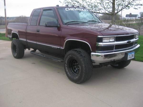 Chevy K1500 1997, 33'' tires. Good base BOV