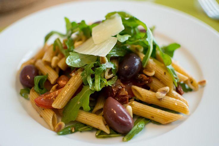 Chefkoch.de Rezept: Italienischer Nudelsalat mit Rucola und getrockneten Tomaten