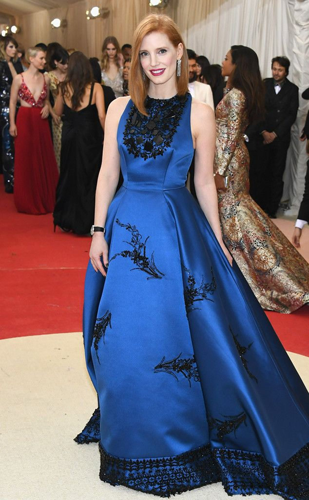 Red Carpet #Style | Met Gala 2016 ~ Manus x Machina: Fashion in an Age of Technology | Jessica Chastain in blue gown with black details | The Luxe Lookbook