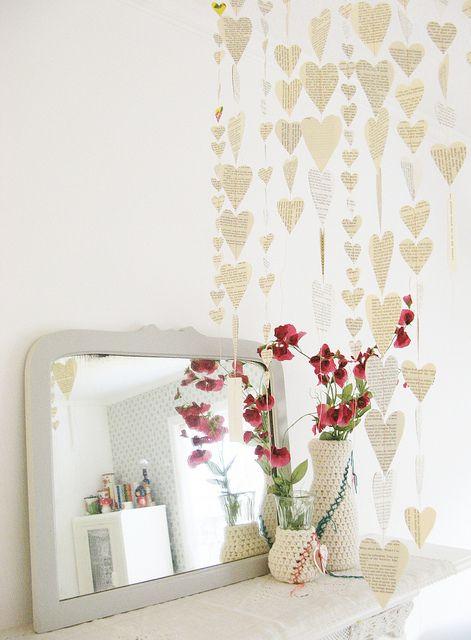 DIY heart mobile: Valentines Crafts, Books Pages, Paper Garlands, Heart Garlands, Wedding Ideas, Paper Heart, Valentine'S S, Valentines Day, Diy