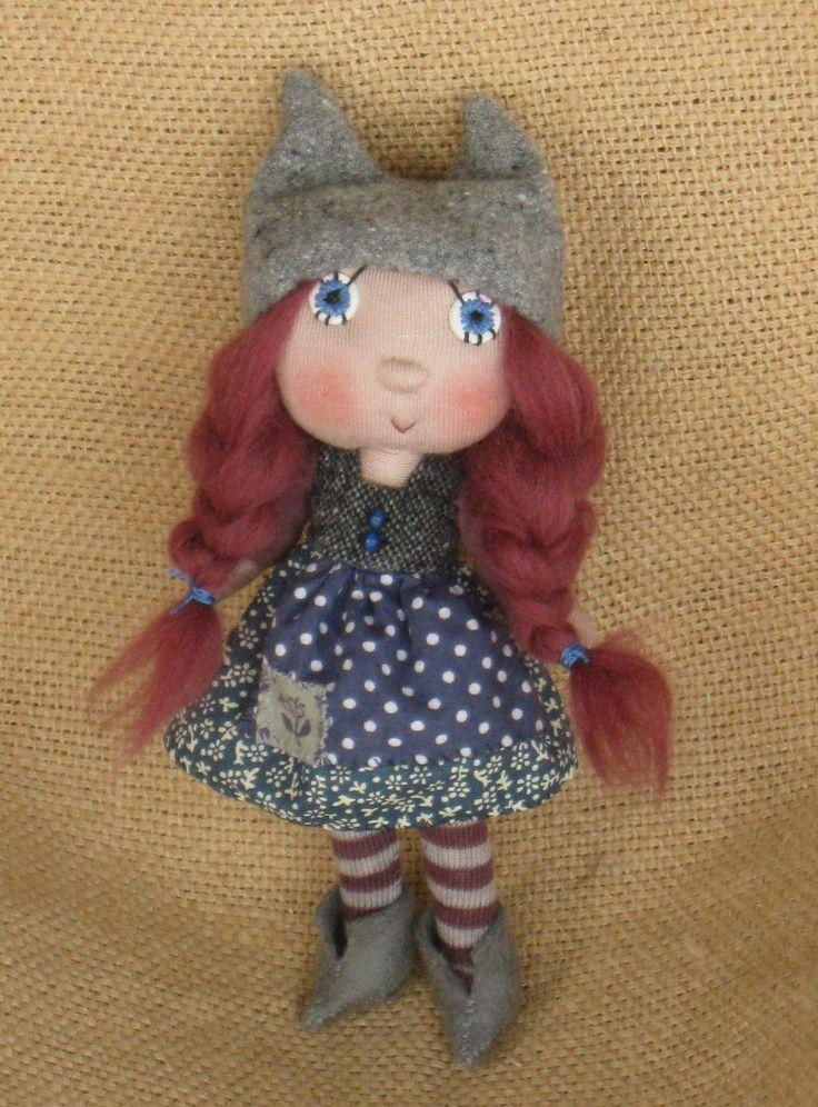 Cat cap elf from Trilli