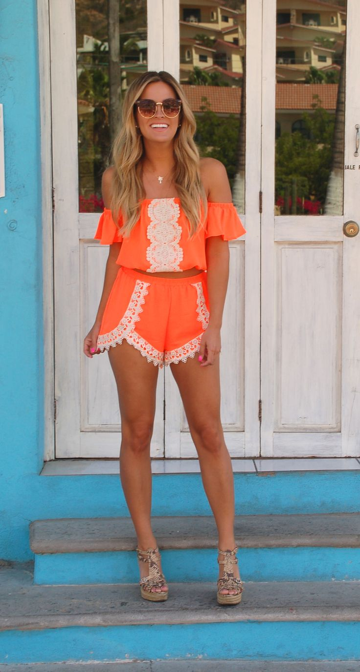 Hottest ShopbellaC Two Piece Of The Summer on Becca Tilley #shopbellac #thebachelor #summer