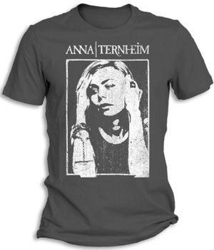 Anna Ternheim har fått seg sin egen nettshop.