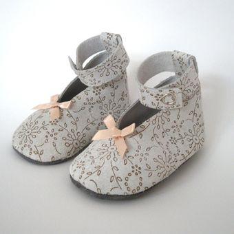 Bruidsmeisjes schoenen van SofieMathildeKoning via http://nl.dawanda.com/
