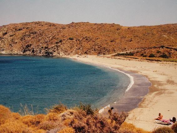The beach of Pisolimnionas