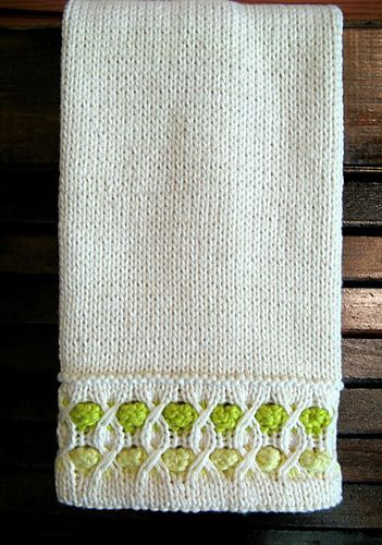 Free Knit Pattern: Bubble Up Towel by Susan Luni.