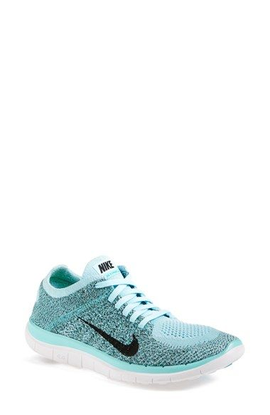 Nike Fly Knit. Dear Santa, I've been a very good girl this year. Please bring me a pair of these! Size 8. Thank you!
