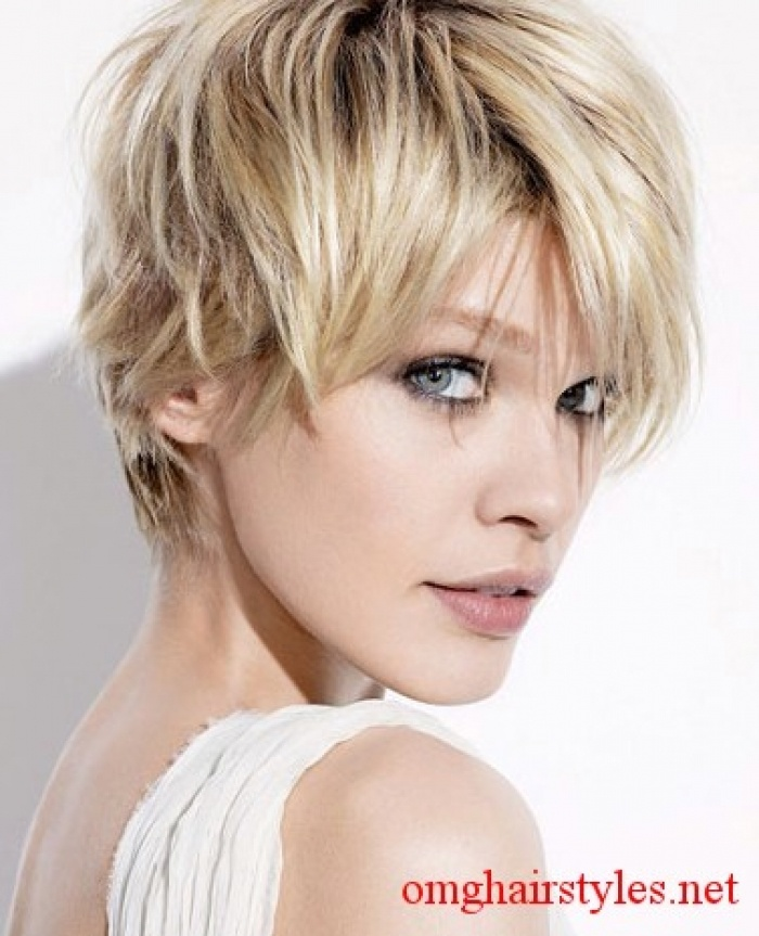 long layered short haircut