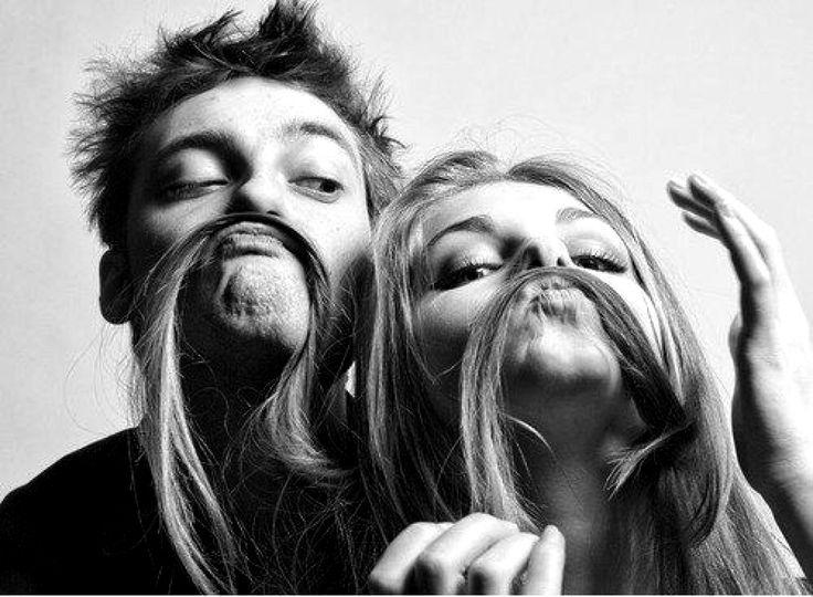 On le dit très souvent, la frontière entre l'amour et l'amitié est très mince. Très souvent dans un couple, le partenaire est également le meilleur ami.