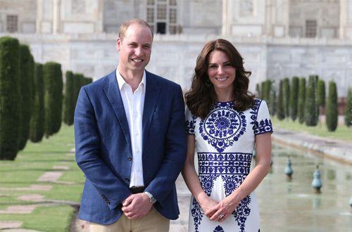 Принц Уильям и Кейт Миддлтон отмечают деревянную свадьбу