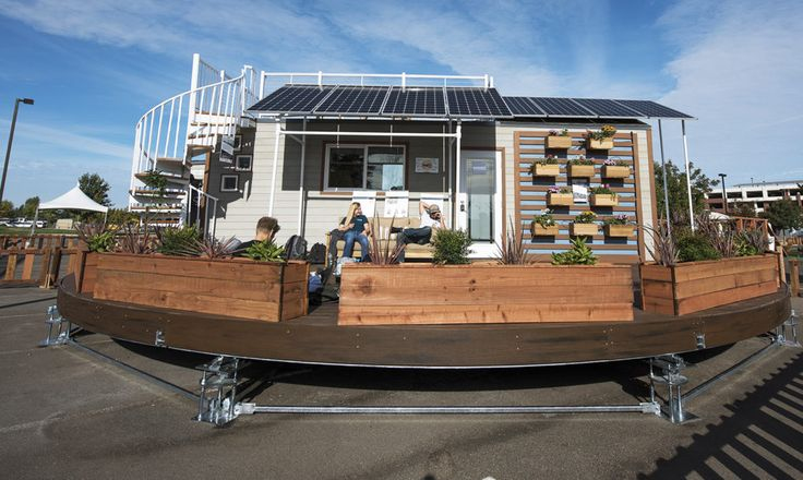 The winning design revolves throughout the day to maximize solar gain, resulting in a 30 percent increase in efficiency.