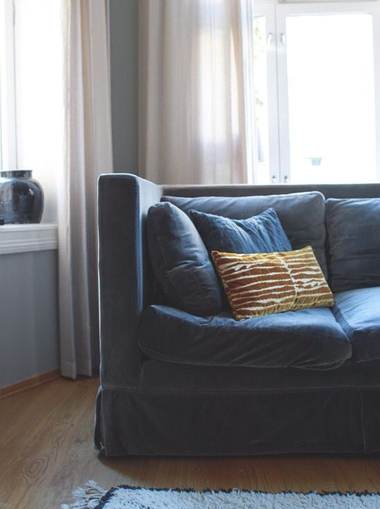 The most beautiful art deco inspired cushion made by Christina Lundsteen, is laying in my sofa.