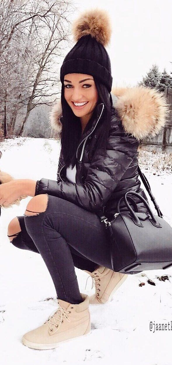 #winter #fashion /  Black Beanie / Black Puff Jacket / Black Skinny Jeans / Black Leather Shoulder Bag