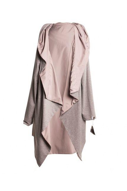 Jeżeli macie dość kurtek mamy dla Was opływający sylwetkę kardigan. Idealny na wieczorne spacery, Magda Hasiak - 430 zł. Sprawdżcie #BoutiqueLaMode.com
