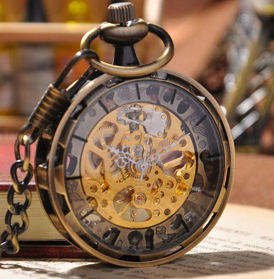 Bronze Pocket Watch                                                                                                                                                                                 Más https://www.steampunkartifacts.com/collections/steampunk-wrist-watches